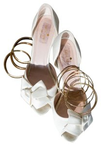 Kate Spade Ivory Sala Pumps Size US 8 Regular (M, B)