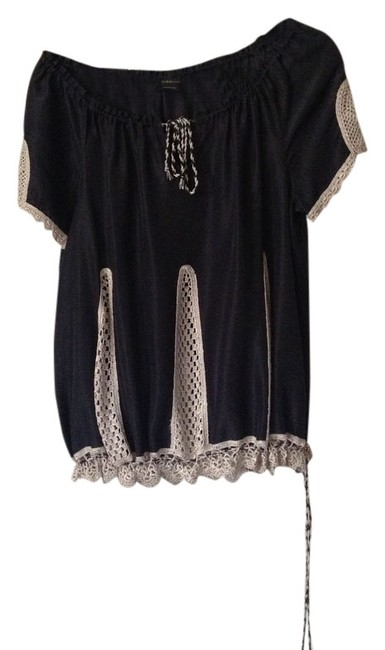 Preload https://item2.tradesy.com/images/bcbgmaxazria-black-and-white-bcbg-silk-cotton-crochet-blouse-size-10-m-2018346-0-0.jpg?width=400&height=650