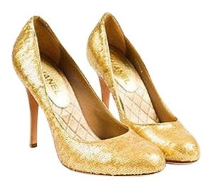 Chanel Metallic Leather Sequined Gold Pumps