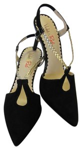 Violet & Red Brand New Suede Leather Size 6.00 M Excellent Condition Black, Gold Sandals