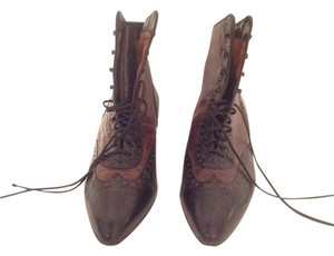 Pura Lopez Vintage Leather Black with brown Boots