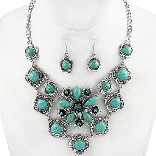 Preload https://img-static.tradesy.com/item/20184689/silver-rhodium-turquoise-clear-with-rhinestone-crystal-accent-and-earrings-necklace-0-1-540-540.jpg