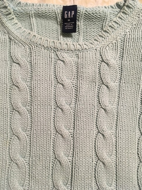 Gap Cable Knit Sweater Image 2