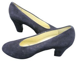 Robert Clergerie Paris French Suede black Pumps