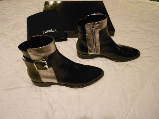 Sebastian Milano High Fashion Soft Leather Striking Design Made In Italy Black Boots Image 1