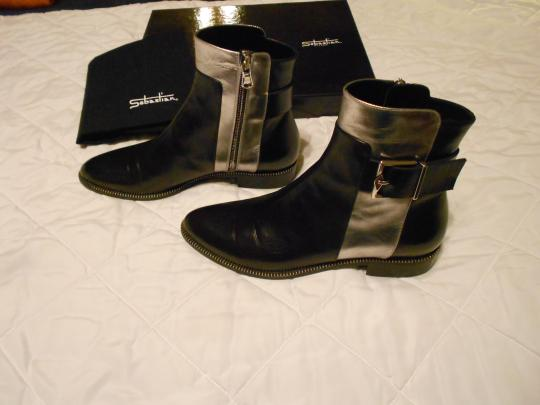 Sebastian Milano High Fashion Soft Leather Striking Design Made In Italy Black Boots Image 2