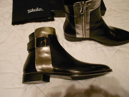 Sebastian Milano High Fashion Soft Leather Striking Design Made In Italy Black Boots Image 5