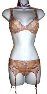 Cacique Lingerie Burlesque Panties Bra Top Purple & Beige Lace, Silk Ribbon Choker