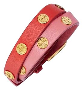 Tory Burch COLOR-BLOCK DOUBLE-WRAP LOGO STUD BRACELET TART / POPPY RED