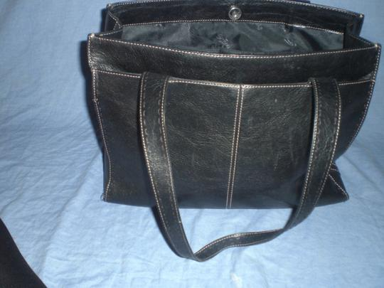 Fossil Tote in black Image 11