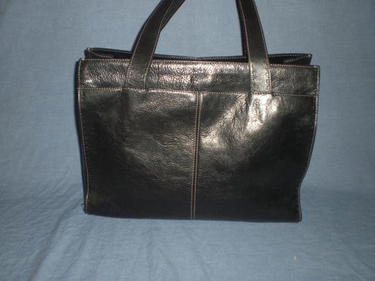 Fossil Tote in black Image 6
