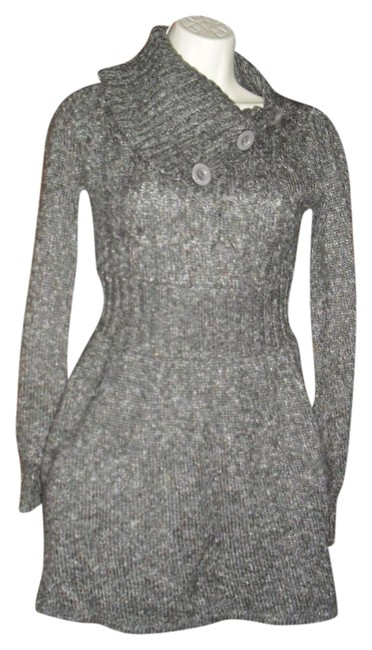 Preload https://img-static.tradesy.com/item/20187297/guess-gray-sweater-logo-buttons-large-split-turtleneck-above-knee-short-casual-dress-size-4-s-0-2-650-650.jpg