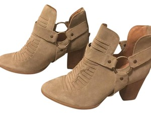 Seychelles Taupe Boots
