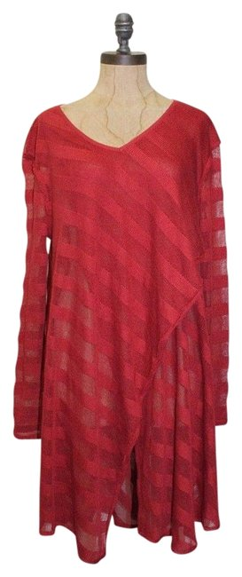 Preload https://img-static.tradesy.com/item/20187447/free-people-red-wee-the-shadow-stripe-tunic-size-6-s-0-1-650-650.jpg