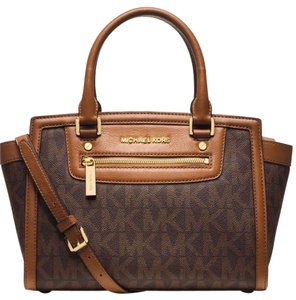 Michael Kors Mk Selma Mk Medium Selma Mk Satchel in Brown Monogram Logo /Gold hardware
