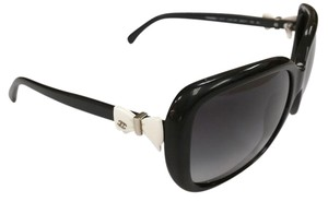 Chanel CHANEL CC LOGO OVER SIZED WITH WHITE BOW SUNGLASSES