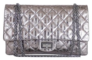 Chanel Maxi Classic Handbag Cross Body Chain Shoulder Bag