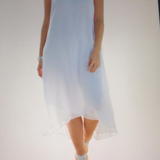 White Chiffon Perfect For Beach Never Been Worn Still with Tags. Destination Wedding Dress Size 12 (L) Image 2