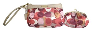 Coach Wristlet Coin Scarfprint multi Clutch