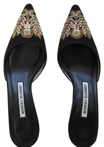Manolo Blahnik Dress Ornamented Feminine Black with Gold Pumps