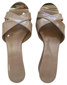 Jimmy Choo Almost New Neutral Classic Patent Leather Beige Platforms