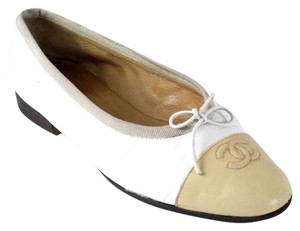 Chanel Caviar Graffiti Cambon Rue Slippers White Flats
