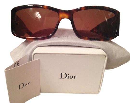 Preload https://item2.tradesy.com/images/christian-dior-christian-dior-nso8u-2019121-0-0.jpg?width=440&height=440