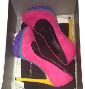 Brian Atwood multi Pumps