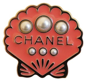 Chanel Chanel Cuba Cruise 2017 Gold Metal Pink Seashell Brooch Pin