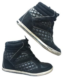 Vince Camuto Black with Silver Studs Athletic