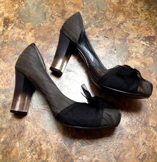 Simply Vera Vera Wang Never Worn Bow Clear Chunky Charcoal Pumps Image 6