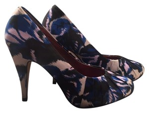 Twelfth St. by Cynthia Vincent Blue/grey Pumps