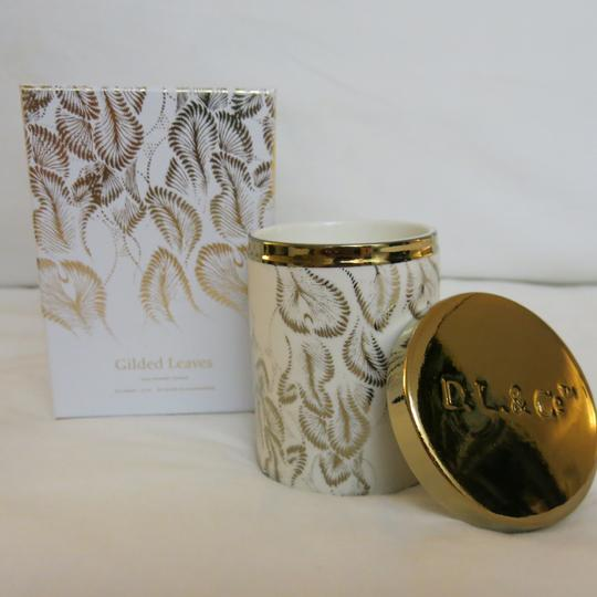 D.L.& Co. White & Gold Soleil Candle - Gilded Leaves Rare Botanic Candle Other Image 3