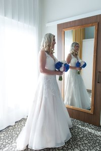 Paloma Blanca Paloma Blanca 4650 Wedding Dress Wedding Dress