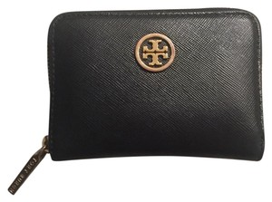 Tory Burch Robinson Zip Coin Purse Wallet- excellent condition!