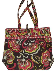 Vera Bradley Totes - Up to 90% off at Tradesy a20b2d20ed4fa