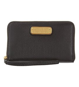Marc by Marc Jacobs NEW MARC by MARC JACOBS Blk Leather Q Wingman Zip-Around Wallet