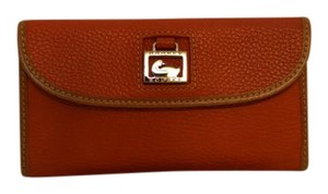 Dooney & Bourke Dooney & Bourke Continental Clutch in Tangerine