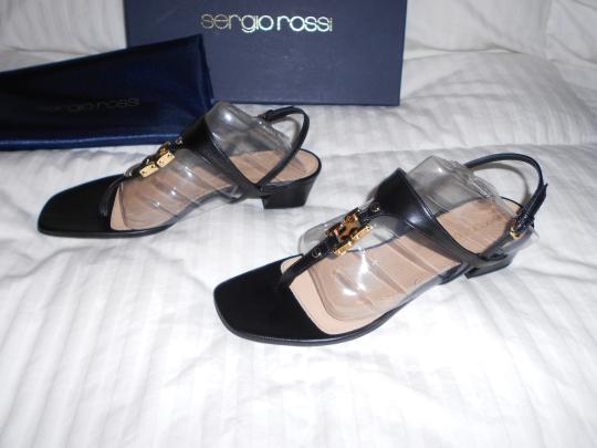 Sergio Rossi Elegant Design Lovely Medallion Made In Italy Black Sandals