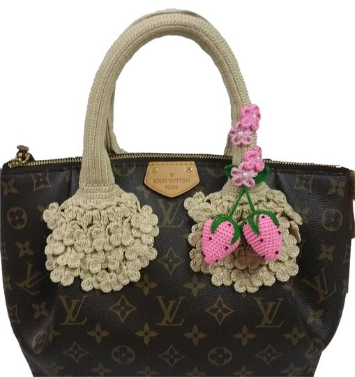Preload https://img-static.tradesy.com/item/20197521/biege-handle-covers-4-louis-vuitton-turenne-gm-tivoli-pm-pallas-mm-trevi-pm-0-1-540-540.jpg