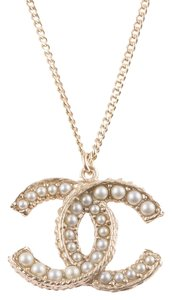 Chanel Chanel Faux Pearl And Brushed Gold Tone CC Large Pendant Necklace