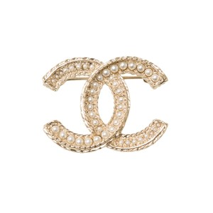 Chanel Chanel Large Faux Pearl And Matte Gold Tone CC Logo Brooch