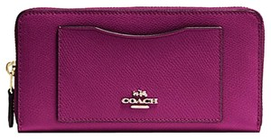 Coach F54007 Coach Accordion Zip Wallet in Crossgrain Fuchsia Color