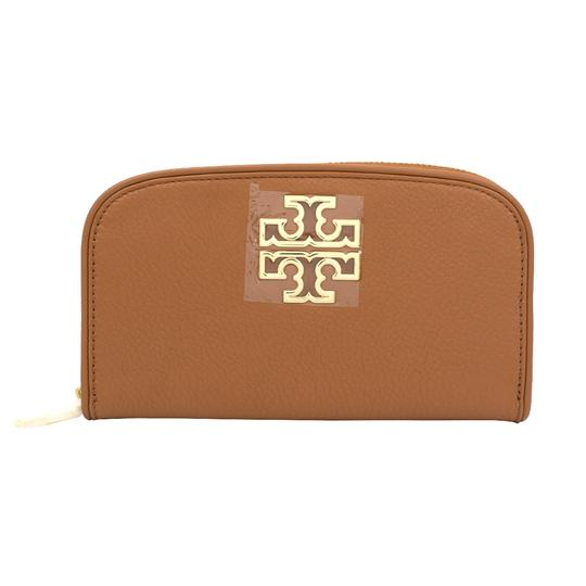 Preload https://img-static.tradesy.com/item/20200607/tory-burch-bark-britten-zip-continental-wallet-0-0-540-540.jpg