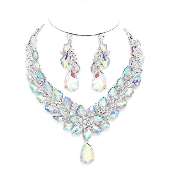Preload https://img-static.tradesy.com/item/20200777/silverrhodium-ab-clear-rhinestone-and-crystal-teardrops-and-earrings-necklace-0-1-540-540.jpg
