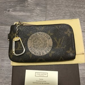 Louis Vuitton Authentic Louis Vuitton Pochette Cles T&B Monogram Canvas Coin Key Case E1776