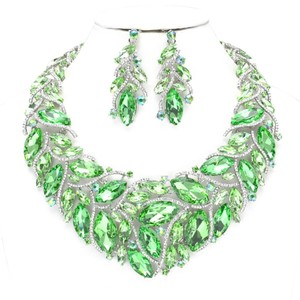 Other Green Rhinestone Crystal Teardrops Necklace and Earrings