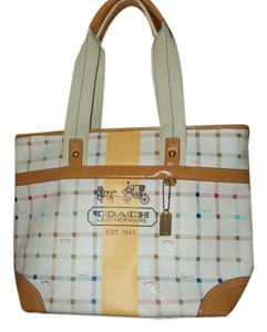 Coach Tote in white mixed