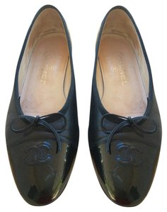 Chanel Black Lamb Skin Leather Flats
