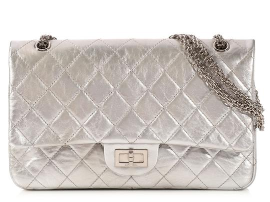 Preload https://img-static.tradesy.com/item/20202790/chanel-255-reissue-silver-metallic-227-double-flap-shoulder-bag-0-0-540-540.jpg